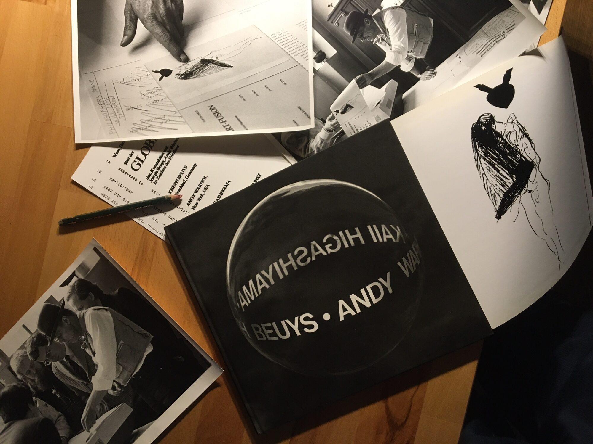 Beuys jagt Bild um den Erdball – Das Projekt Global Art Fusion von Ueli Fuchser. Katalog und Fotos der Aktion.