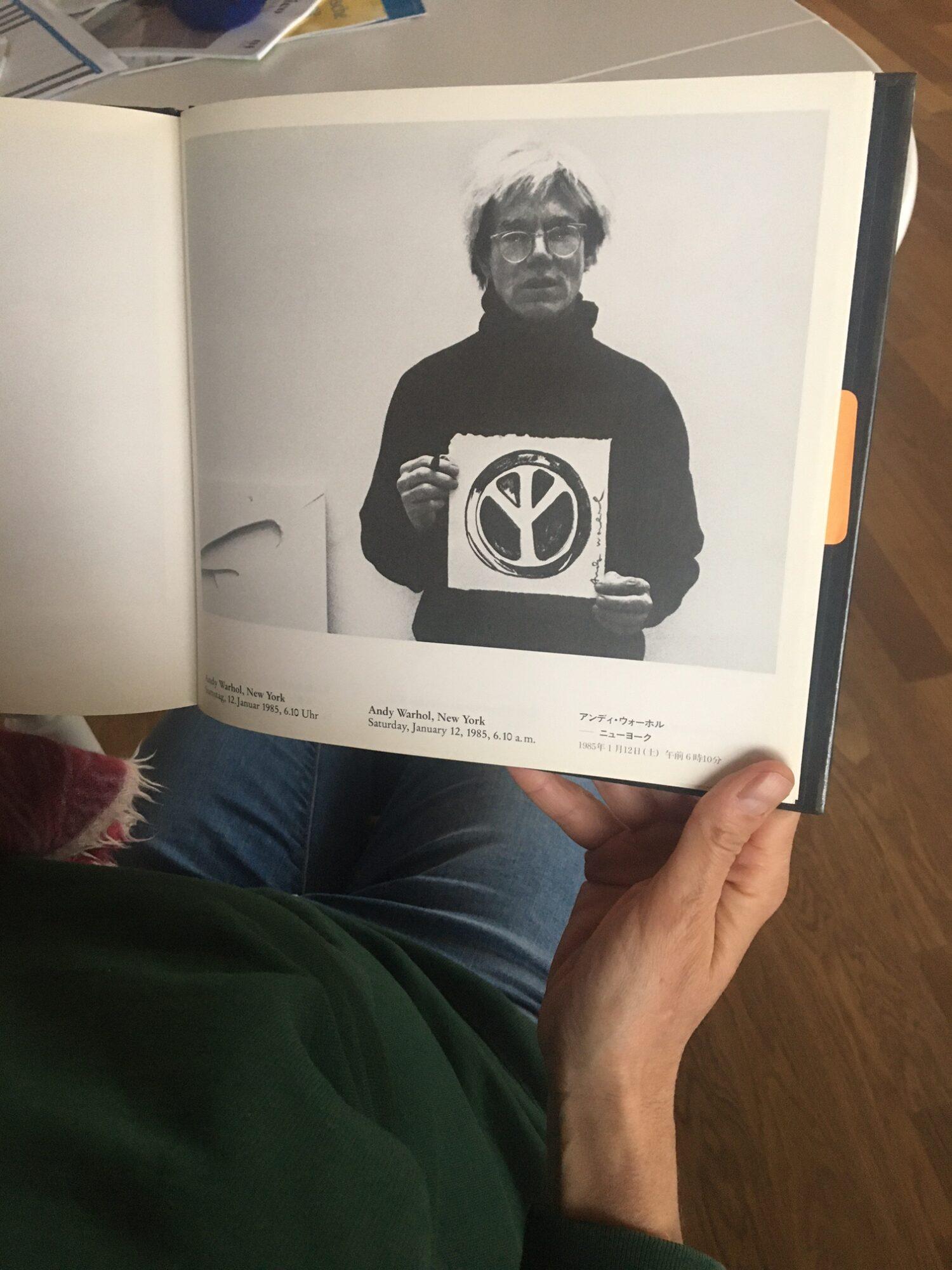 Beuys jagt Bild um den Erdball – Das Projekt Global Art Fusion von Ueli Fuchser. Blick in den Katalog.